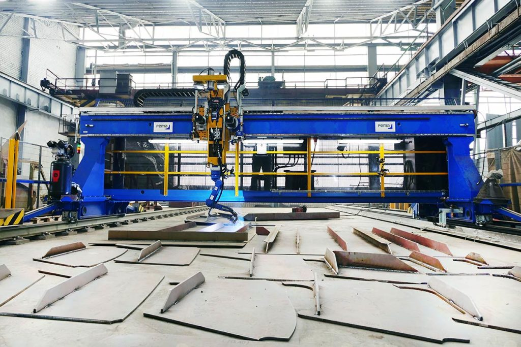 001-PEMA_Robot-Welding-VRWP-C-Compact_2020-02-002