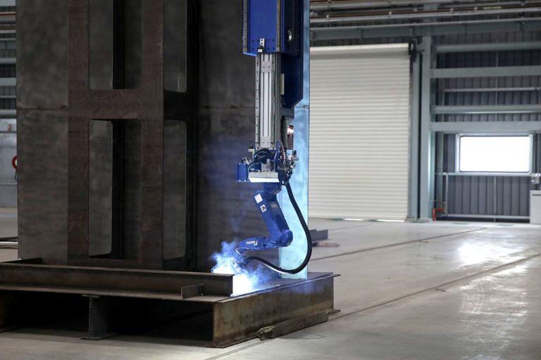 003-PEMA-Micro-panel,-Robot-welding-portal,-VRWP-SH-WeldControl-200-011